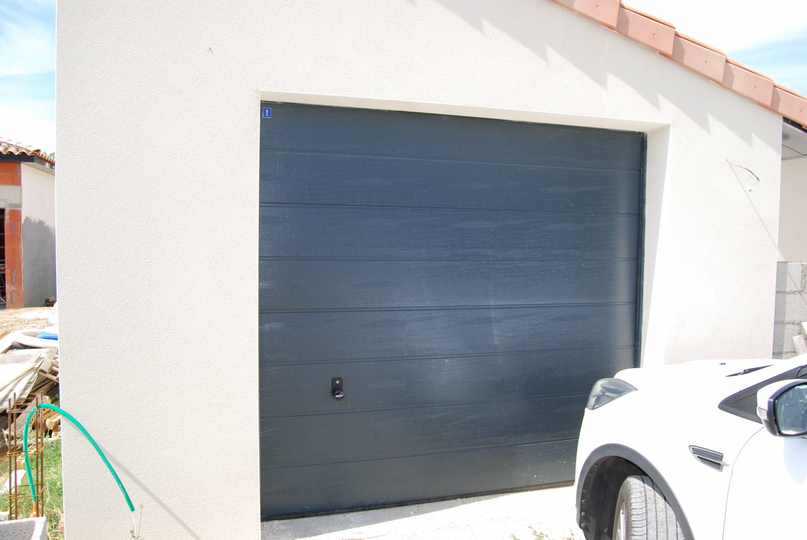 Fourniture et pose d 39 une porte de garage sectionnelle Porte garage sectionnelle 3m large